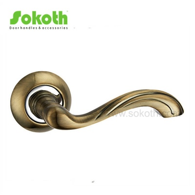 ZINC ALLOY LEVER ON ROSESKT-L179 AB CP